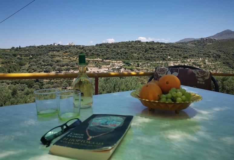 Evli Residence, Rethymno, Pandangan dari hartanah