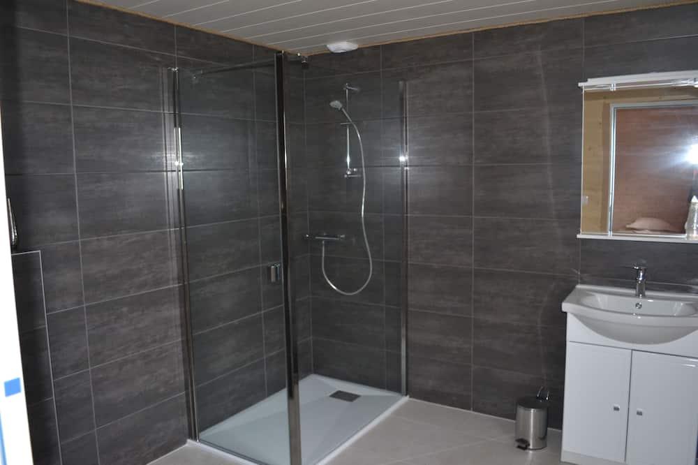 Čtyřlůžkový pokoj typu Comfort (Chambre 4) - Koupelna