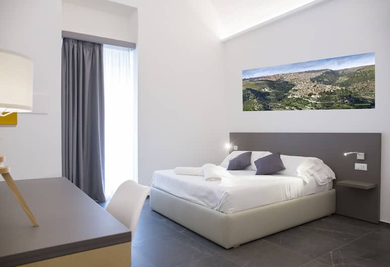 Ad Maiora - Desing Rooms, Ragusa, Room, Guest Room