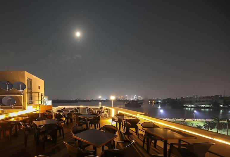 Inya View Hotel, Yangon, Bar Hotel
