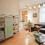 Апартаменти категорії «Superior» (Internatsionalnaya, 17) - Вітальня