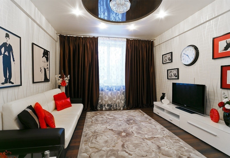 StudioMinsk Apartments in Centre, Minsk, Apartments D on Nezavisimosti 44, Wohnzimmer