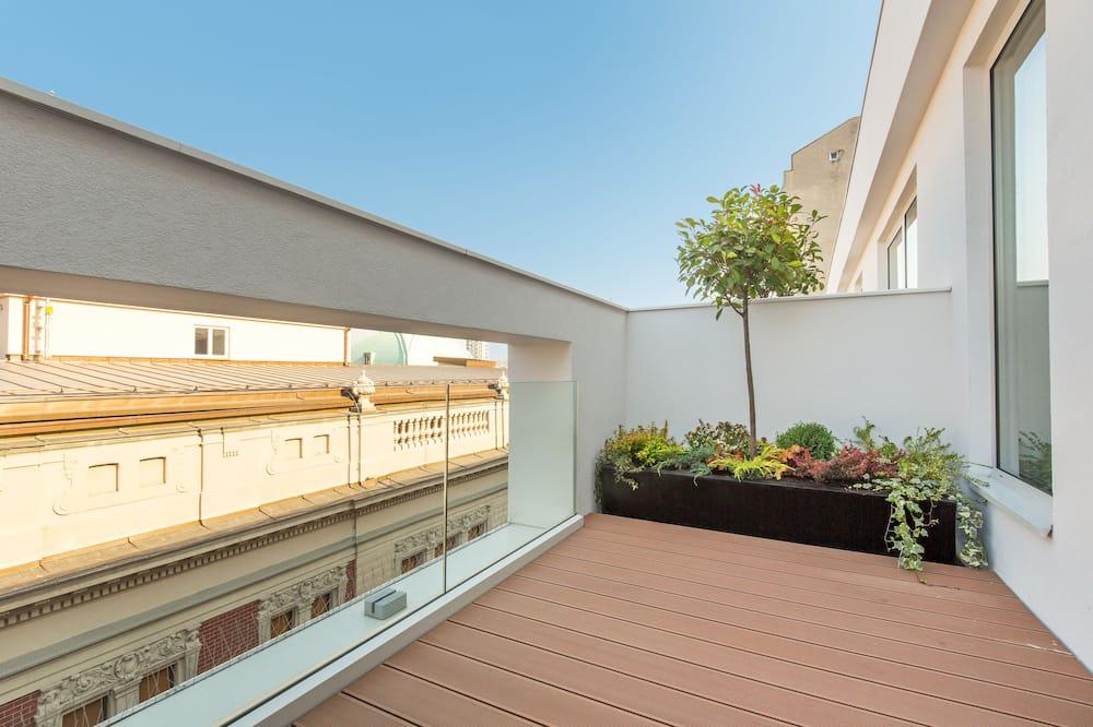 Superior Δίκλινο Δωμάτιο (Double), Μπαλκόνι, Θέα στην Πόλη - Θέα στην πόλη