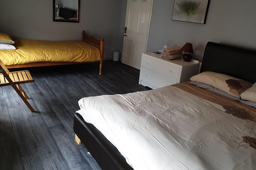 غرفة مزدوجة - بحمام خاص - غرفة نزلاء