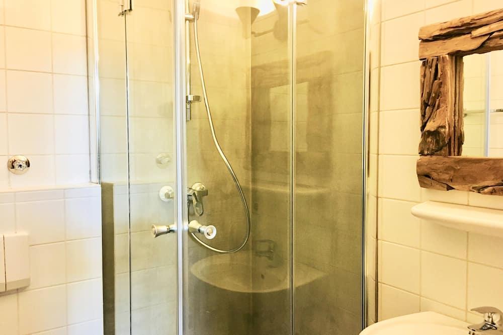 Twin Room, River View - Bathroom