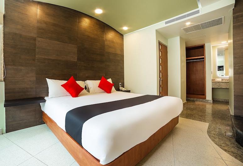 Capital O Hotel Verona, Tlalnepantla de Baz, Deluxe Room, Jetted Tub, Guest Room