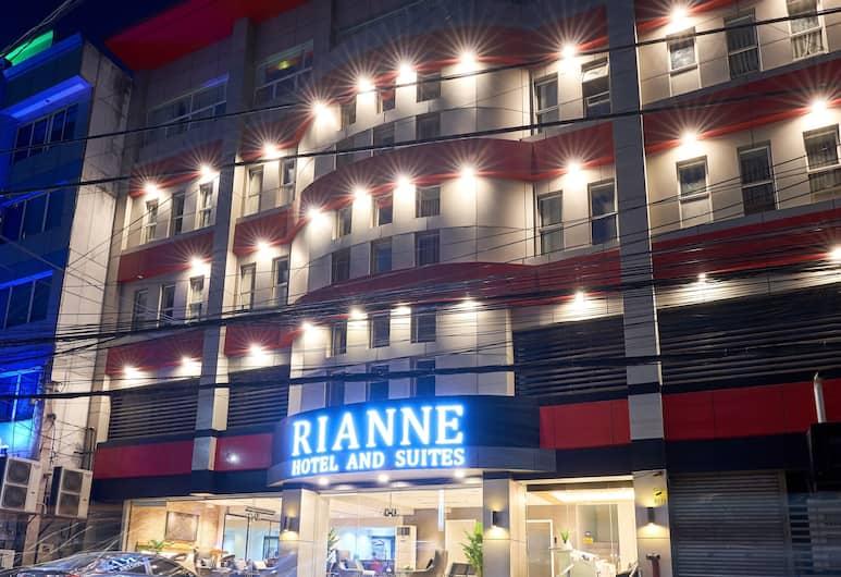 Rianne Hotel and Suites, Cebu, Façade de l'hôtel - Soir/Nuit