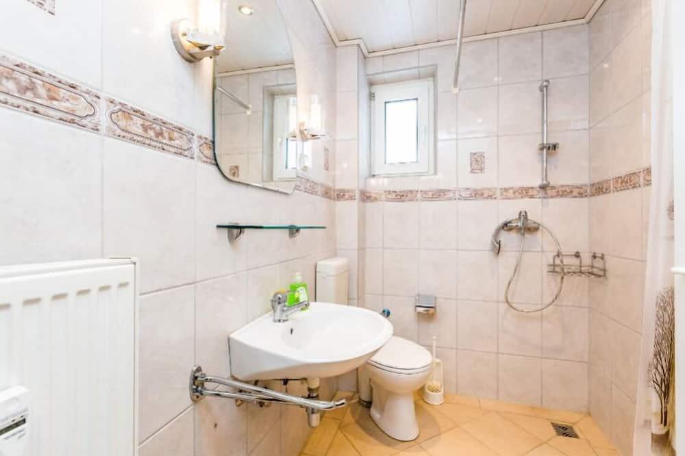 Huoneisto (Overath 2) - Kylpyhuone