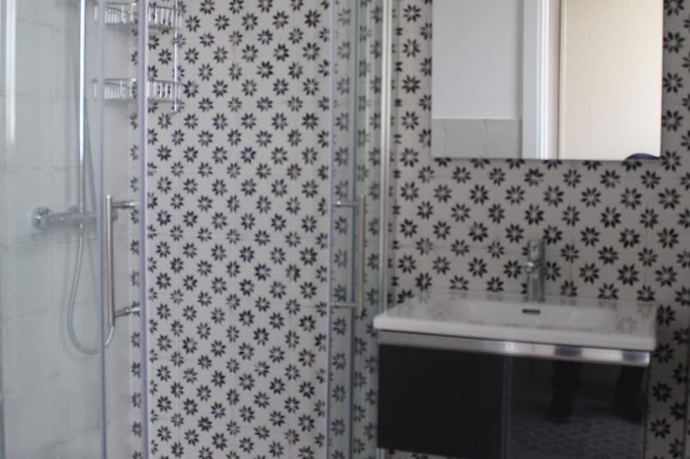 Habitación triple Confort - Cuarto de baño
