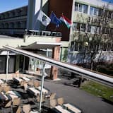 Economy Twin Room - Courtyard View