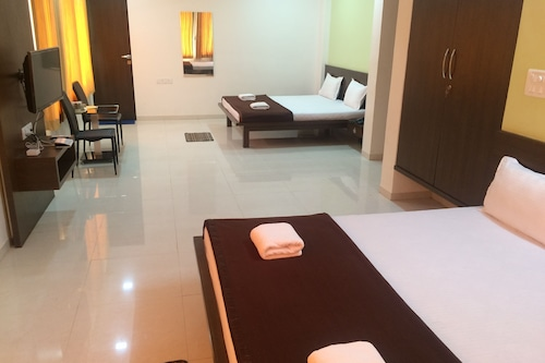 西瓦旅館酒店/