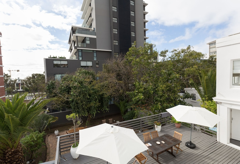 DS Backpackers Hostel, Cape Town, Shared Dormitory (Mixed Dorm), Living Area