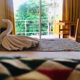 Deluxe Room, 1 King Bed, Balcony, City View - Guest Room