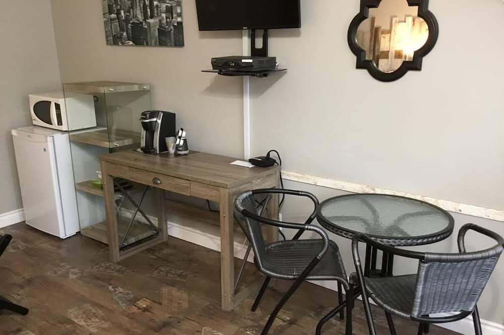 Pokoj typu Comfort, 2 dvojlůžka - Obývací prostor