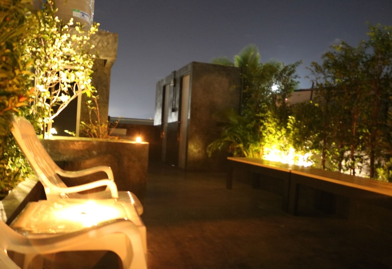 Goodnight Hostel, Phuket, Terrace/Patio