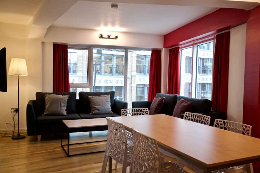 Апартаменти категорії «Комфорт», 3 спальні, для некурців, 2 ванни (Sleeps 6) - Житлова площа