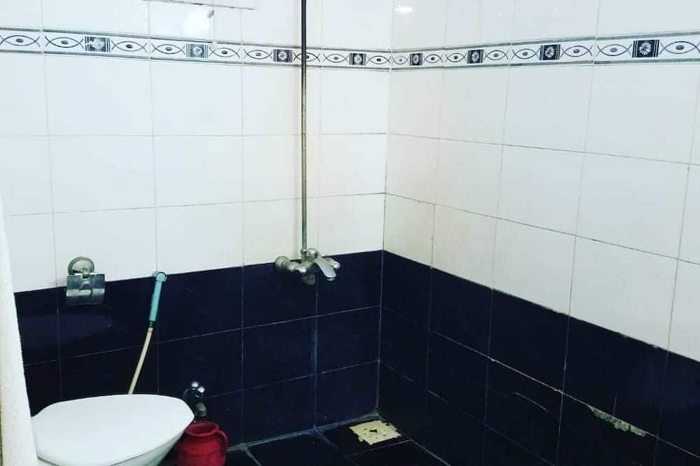 Kamar Double Keluarga - Kamar mandi
