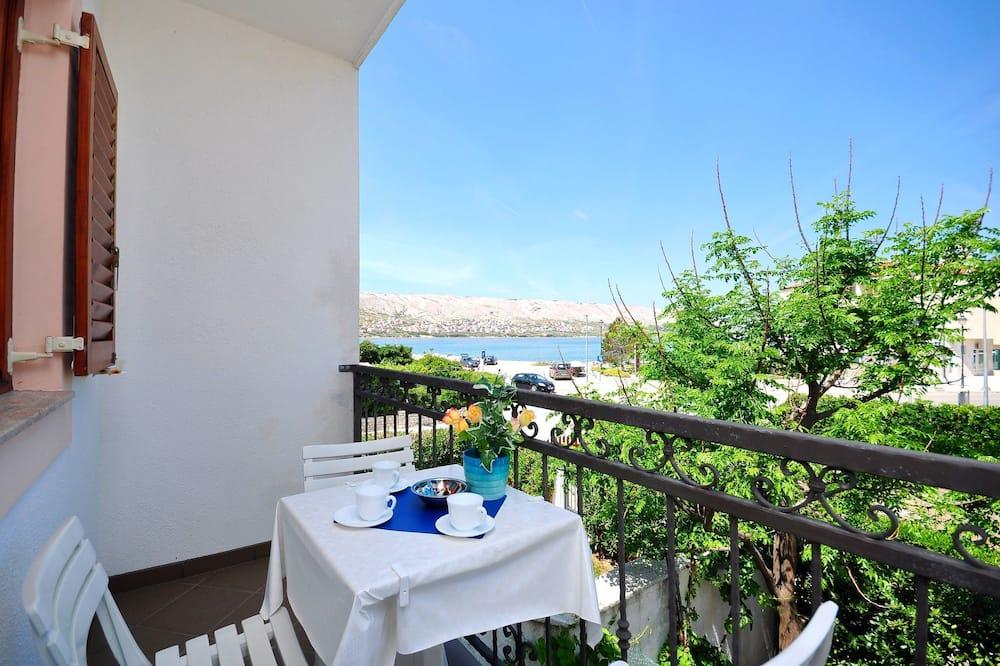 Apartment (A6) - Balcony