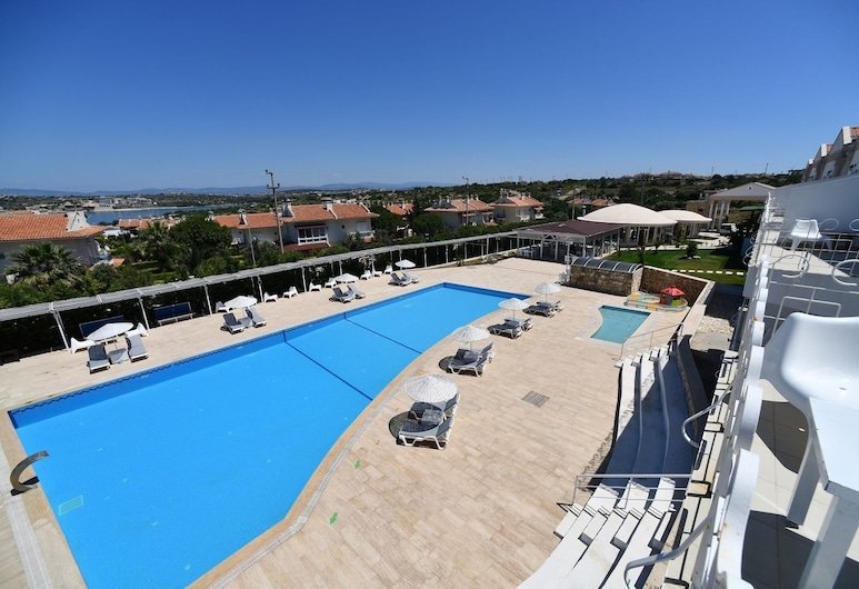 Calico Hotel, Cesme, Hotel Front