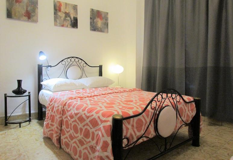 Cristo Square, Havana, Classic Apartment, 1 Bedroom, Guest Room