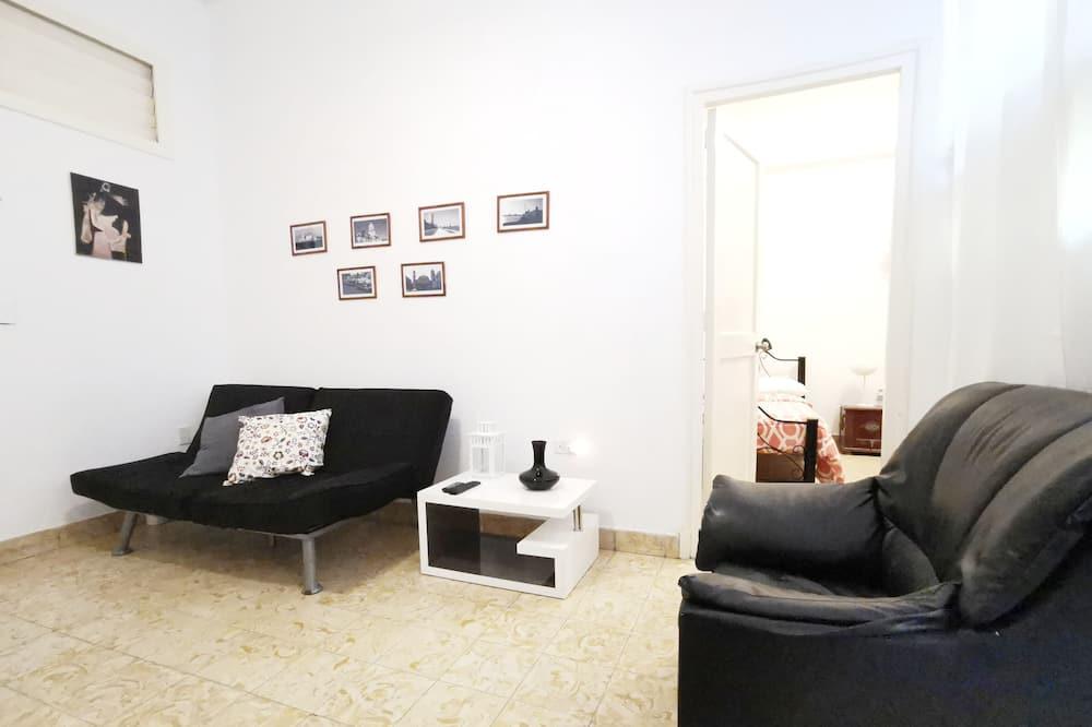 클래식 아파트, 침실 1개 - 거실