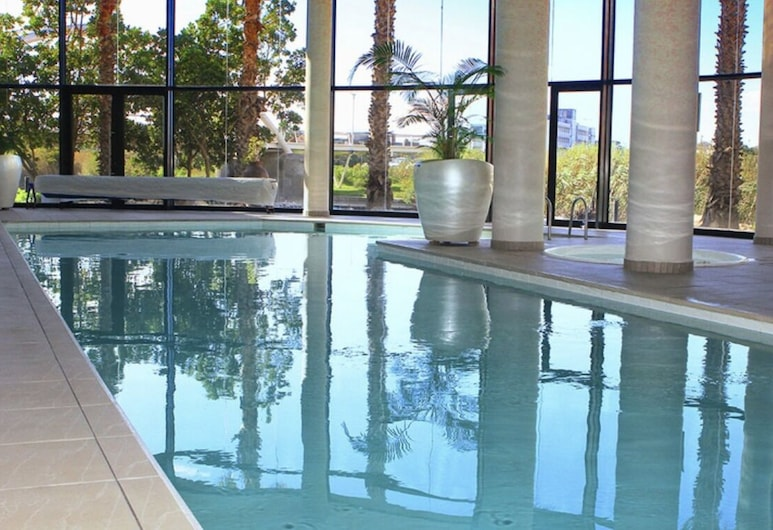 City Stay 3 Bedrooms 2 Bathrooms, Cape Town, Apartment, Multiple Beds, Pool