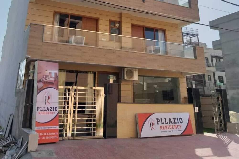 Pllazio Residency