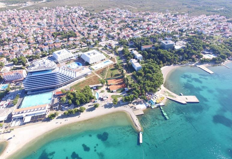 Apartments Vili, Vodice, Strand