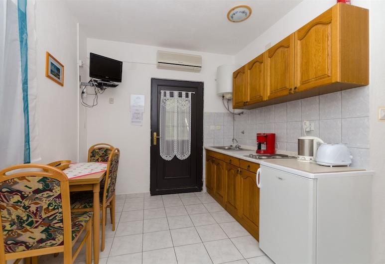 Apartments Ljubica, Rogoznica