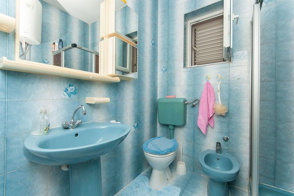 Căn hộ (A1) - Phòng tắm