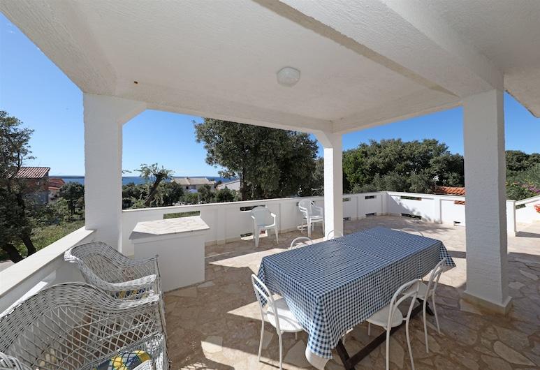 Apartments Ante, Kolan, Apartment (A1), Terrace/Patio