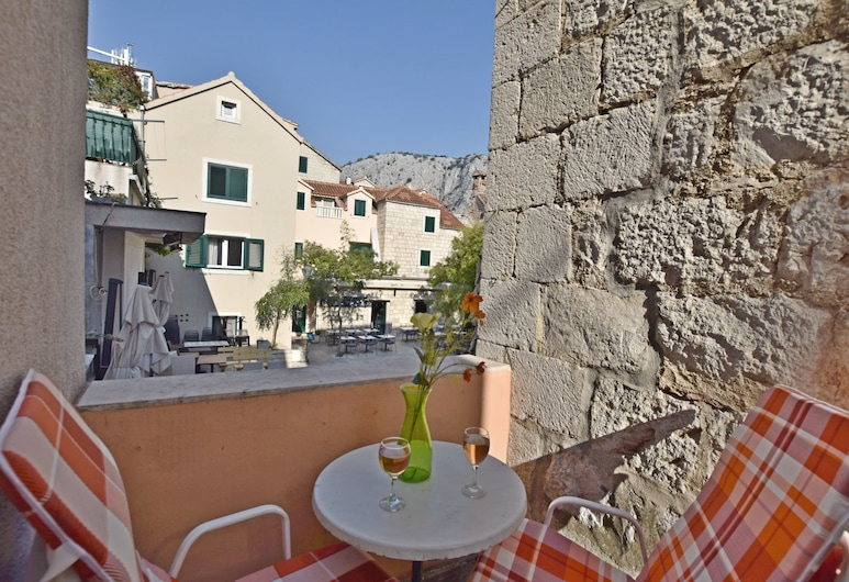 Apartment Mandić, Omis