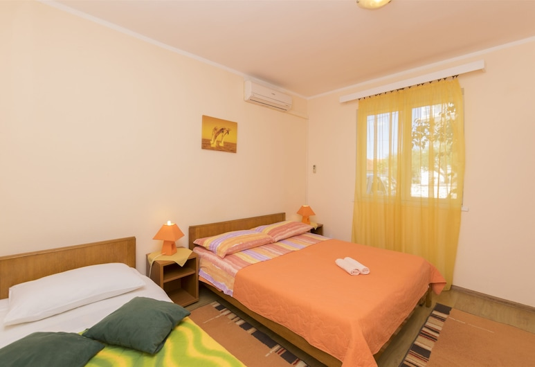 Apartment and Room Ivica, Vodice