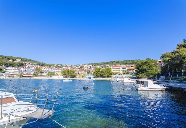 Apartments Alen, Trogir, Uitzicht op de stad vanuit de accommodatie