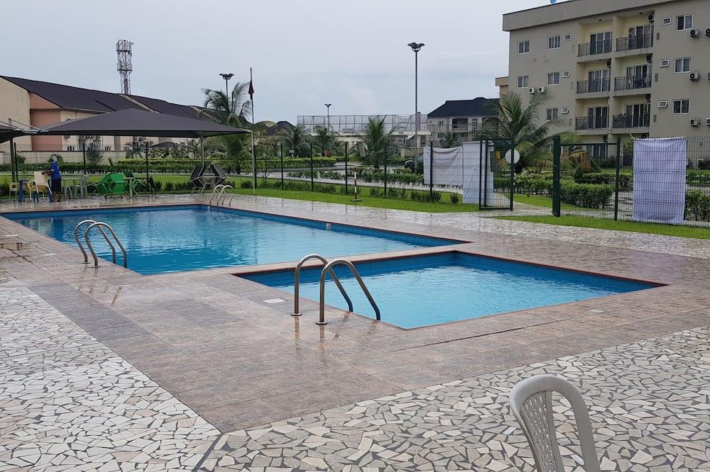 Luxury Apartment - Pool