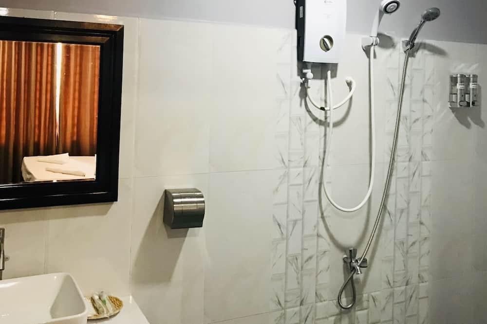 標準雙人房 - 浴室淋浴