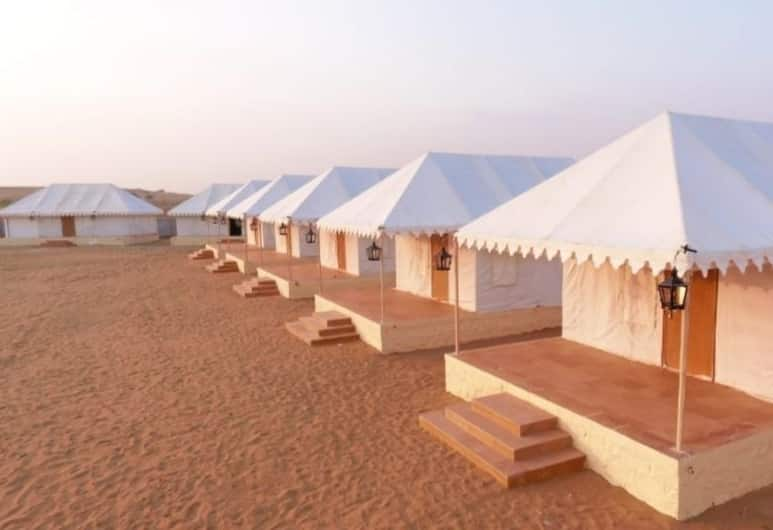 Country side resort Jaisalmer, Jaisalmer, Luxury Cottage, Balcony