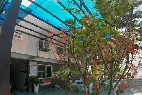 明唐汽車旅館/