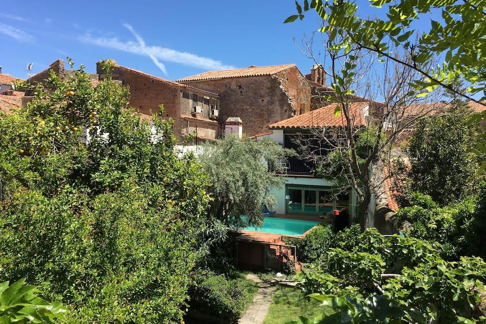 Exclusive-studiolejlighed - eget badeværelse - udsigt til have (Studio with terrace) - Pool