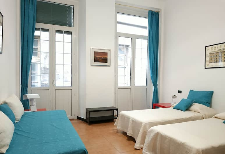 Holiday Apartment in Genoa San Bernardo, Janov, Apartmán, 2 spálne, Izba