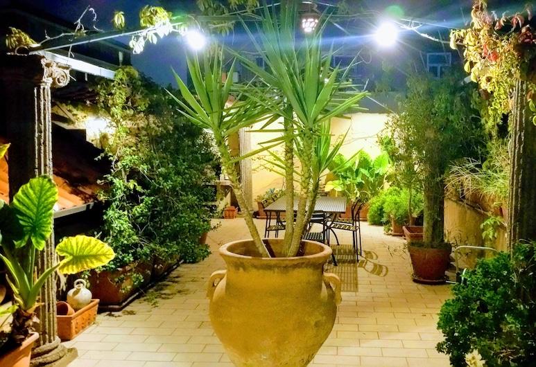 Mediterranean Roof, Napoli, Terrasse/veranda