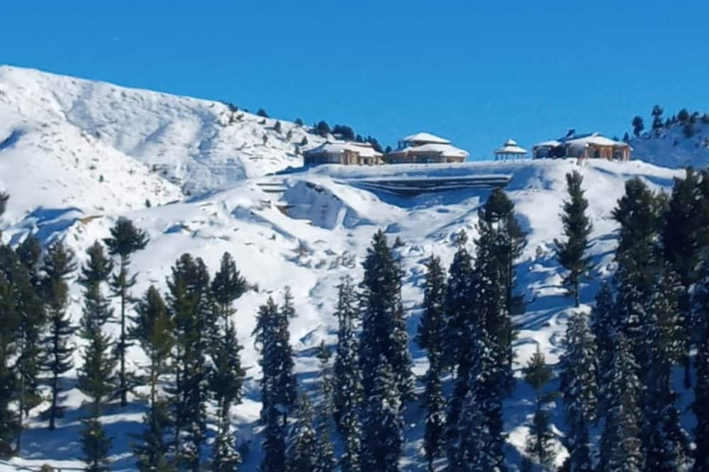 Standard Quadruple Room - Mountain View