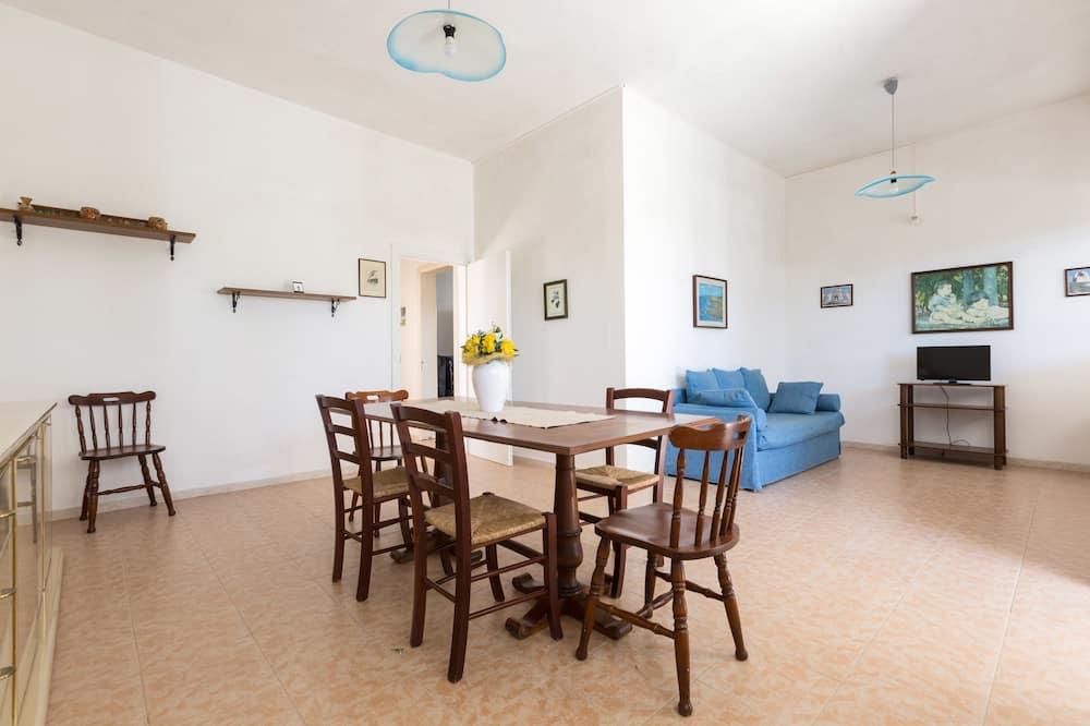 Standardní domek, 3 ložnice - Stravování na pokoji