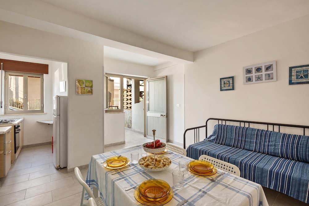 Standard Apartment, 1 Bedroom (Bilo 1 - 1441) - Living Area