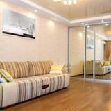Apartment on Okeanskiy prospect 101