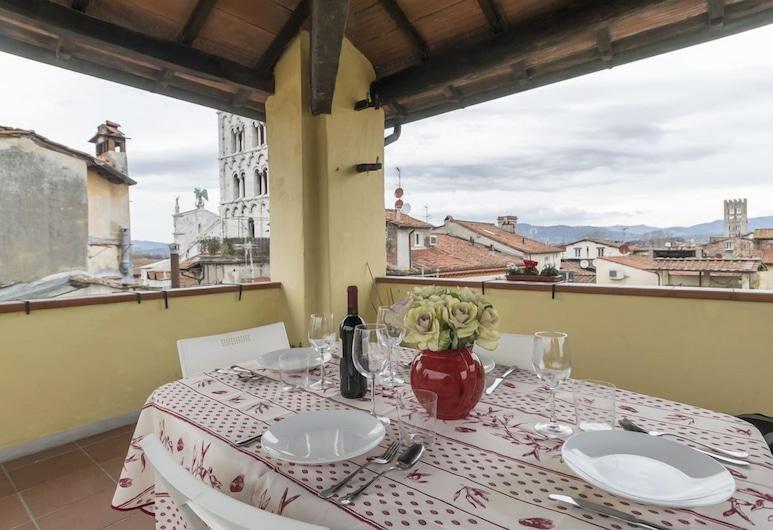Giovanna by Vacation in Lucca, Lucca, Leilighet, 1 soverom, terrasse, Terrasse/veranda