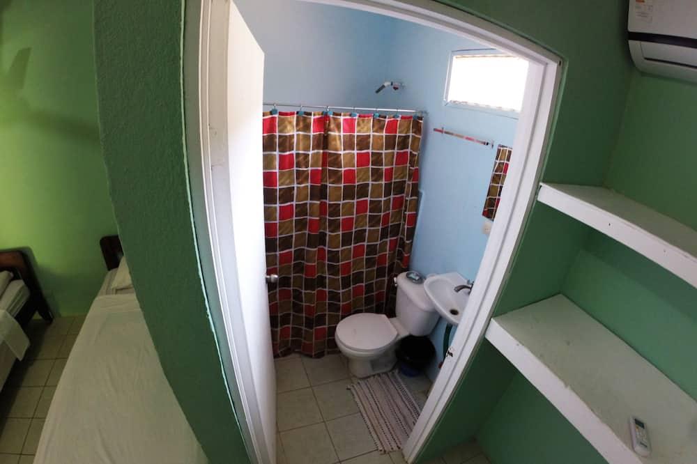 Basic-Zimmer, 1 Schlafzimmer - Badezimmer