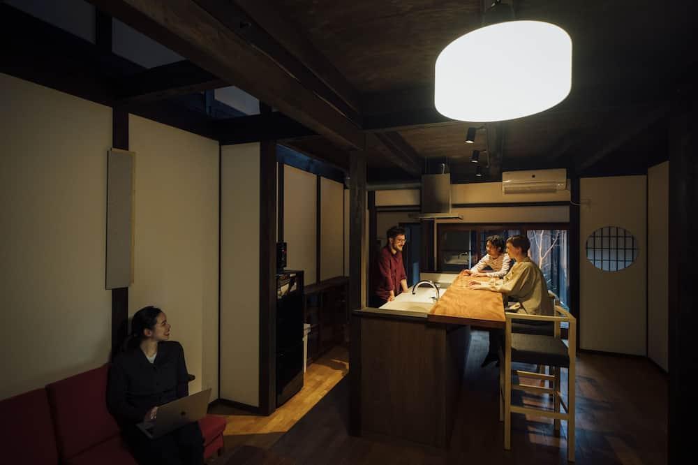 Traditionellt hus - 2 sovrum (Private Vacation Home) - Vardagsrum
