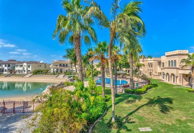 Palm Canal Cove Villa 5 Bedrooms, Dubajus, Lauko baseinas
