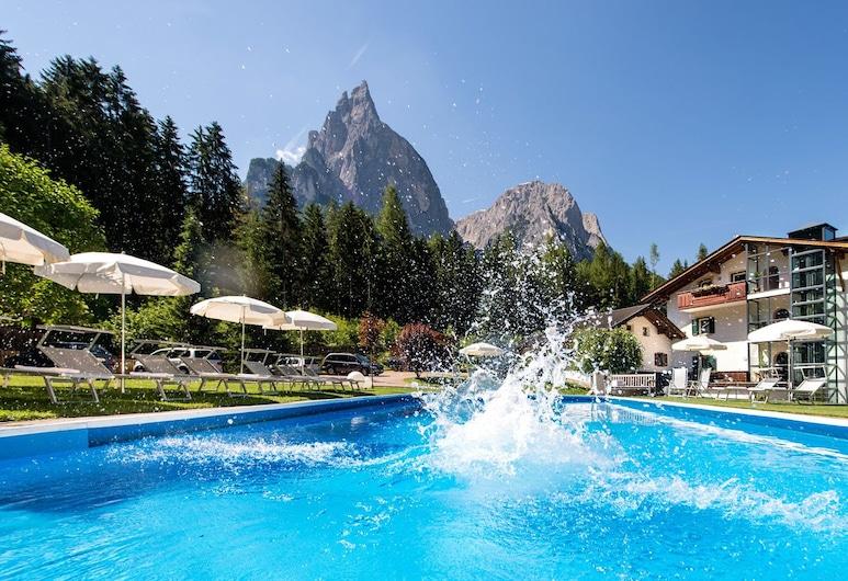Hotel Waldrast, Castelrotto, Piscine